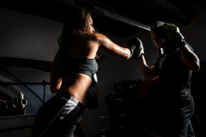 Sprawdź, jakie powinny być rękawice bokserskie dla kobiet.